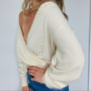 Vintage cream lamsbwool angora faux wrap sweater